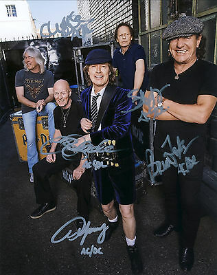 """AC/DC Hand Signed All """"World Tour Promotional"""" Photo 10x8"""