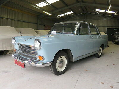 1960 Morris Oxford Fintail (Credit Cards Accepted)