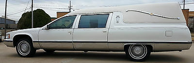 1995 Cadillac Fleetwood Fleetwood 1995 White Cadillac Federal Hearse - Great Condition and Clean with 76K Miles