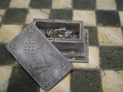 Crypt of the Dwarf King Thomarillion Unpainted Resin Dwarven Forge D&D