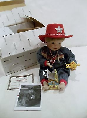 Mcmemories Mcdonalds Happy Meals World Of Play Old West Porcelain Doll 30322 Coa