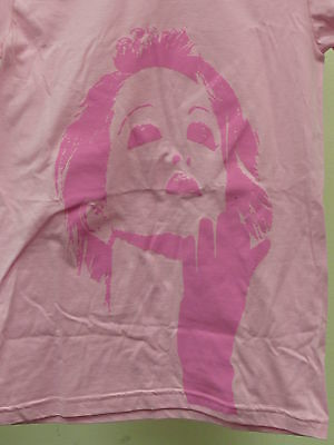 CYNDY LAUPER PINK S/S T SHIRT Graphic Front & Back size MED NEW