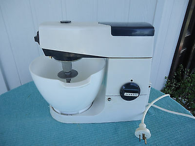 vintage kenwood chef mixer A701A blue