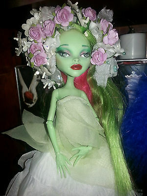 Monster High Doll repaint Gia OOAK