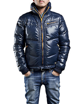 Herren Jacken Parka Zipper und Hoodie Mix Posten TAKE ALL 867 Teile NUR Premium