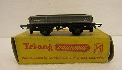 Triang TT gauge model railway wagon T172 Low Sided Wagon with box