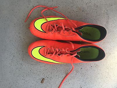 Men's Nike Football Boots Size 9.5