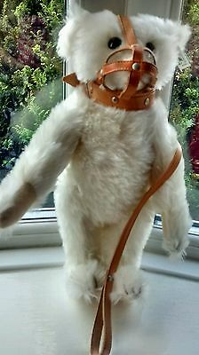 steiff limited edition ** 1990 Muzzle bear** with growler