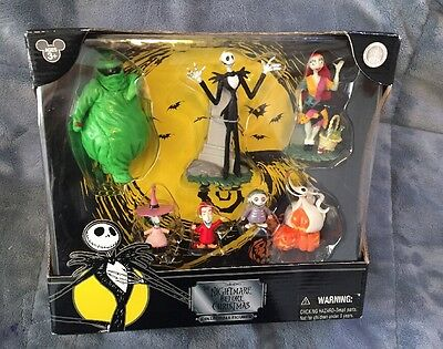 The Nightmare Before Christmas Collectible Figures 7 Pack Authentic Disney Theme