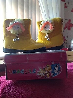Infant Girls size 2 Eu size 18 ankle boots
