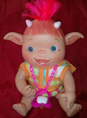 Nines d'onil  Artesanals duendy's  doll, baby pink hair, horns with dummy