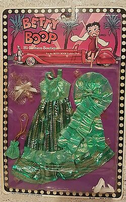 Betty Boop High Fashion Boutique Green Gown Outfit Ensemble