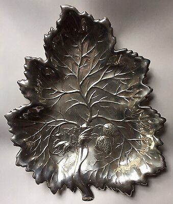 Vintage Sterling Strawberry Repousse Leaf Dish Footed 305 Grams