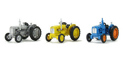 Model Trains HO OO - 3 x Fordson Oxford Tractors Suitable for model Train Layout