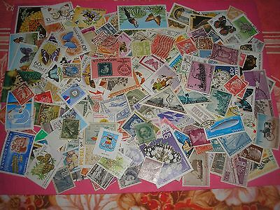 250 Timbres Etrangers Obliteres N° 32
