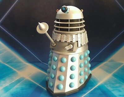 DOCTOR WHO DALEK The Chase Silver Blue Action Figures with custom arm