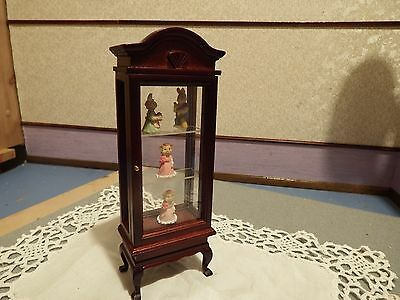 dolls house furniture mahogany display cabinet with pottery 1.12th scale