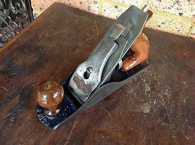 Vintage Woden ( Record ) No W4 Wood Plane. Nice Collectible Working Tool