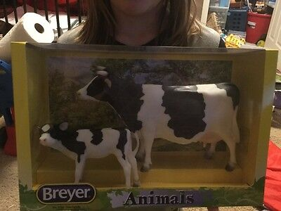 Breyer Cow Family 1732 animals new in package