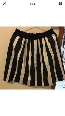 Cue Size 12 Black White Stripe Skirt