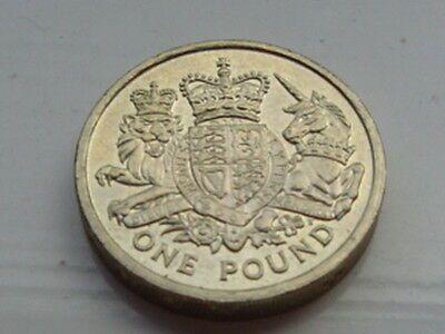 Very Rare UK: Royal Coat of Arms £1 Coin  Dated 2015