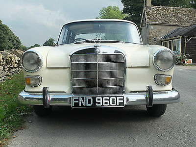 Mercedes 200  Fintail 1968 Very Good Condition Manual