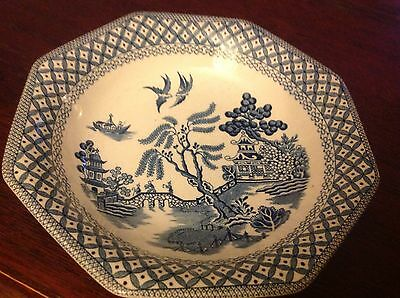 Willow pattern J & G Meakin Royal Staffordshire hexagonal plate