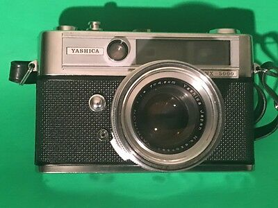 Yashica Lynx 5000 With Case ��Vintage 1960's