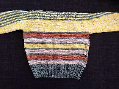 Unisex Hand Knitted Jumper Size2(approx) NEW