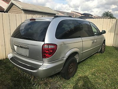 2001 Chrysler Town & Country . 2001 CHRYSTLER TOWN AND COUNTRY