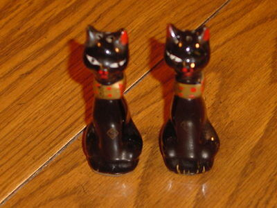 Old Japan Clay Cat Salt & Pepper Shakers