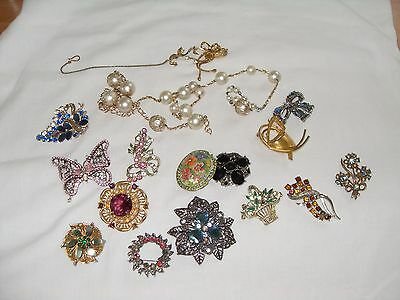 Job Lot Of Vintage Costume Jewellery For Spares/repairs, Brooches+Other Bits.