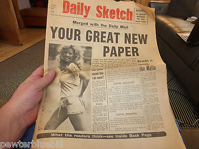 mick jagger daily sketch mail 1971 full newspaper cover feature roddy mcdowell