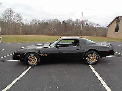 Pontiac: Trans Am 1977 Pontiac Trans AM T-Tops  Black  #'s Matching