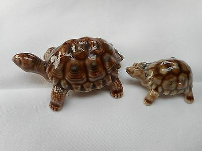 2 Vintage Wade Tortoise  - in Excellent Condition