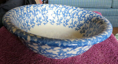 """Gerald Henn Pottery, BLUE and white  9 1/2"""" Serving Bowl"""