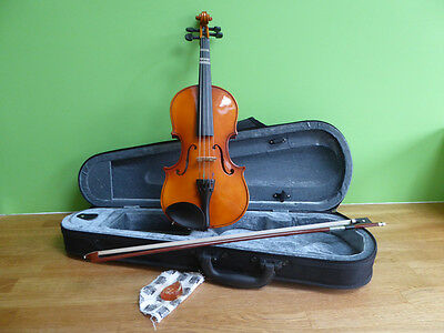 Violin (childs 1/4 size), Maple, handcrafted + bow + case