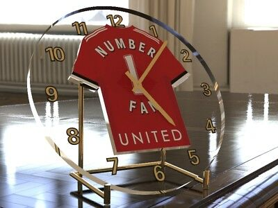 ERIC CANTONA MANCHESTER UNITED FC Football Legend Table Clock - LIMITED EDITION