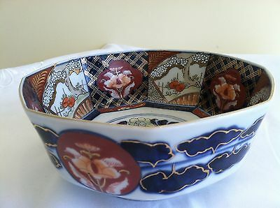 Beautiful Vintage Octagonal Japanese Imari Hand Painted Bowl Signed By Artist