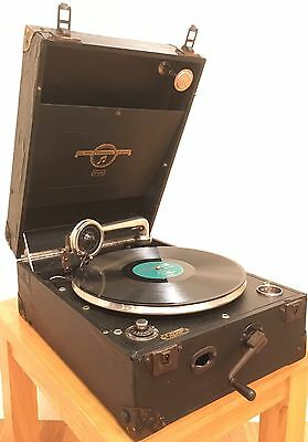 Vintage 1920s Columbia 109 Portable Gramophone Fully Working with 78s records