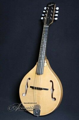 Weber Gallatin A5 mandolin: A style, f hole. Natural