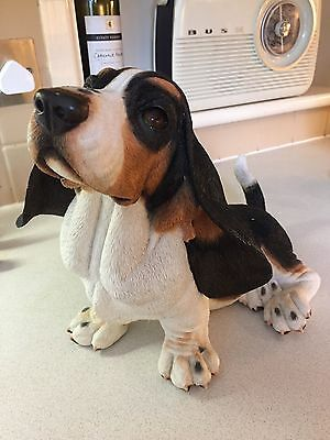 Large Country Artists Basset Hound Figure 'Puppy Love'