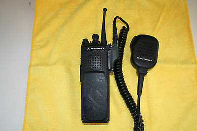 MOTOROLA XTS5000 MODEL I 700/800 MHz H18UCC9PW5AN RADIO, Battery, and Mic