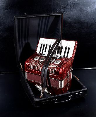OLD/VINTAGE TOP GERMAN PIANO ACCORDION WELTMEISTER 40 BASS,5 SW. with HARD CASE!