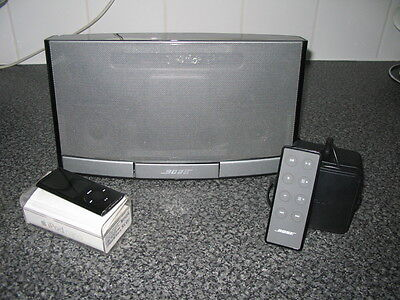 BOSE Ipod Player Docking Station - PORTABLE - with Free Ipod