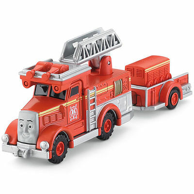 """Thomas & Friends Wooden Railway """"Flynn"""" The Red Fire Engine~ NEW"""