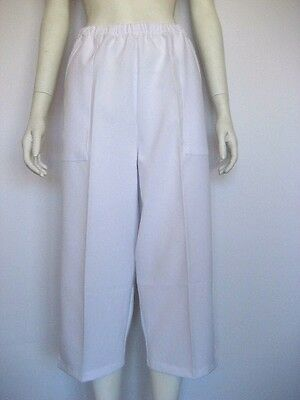 NEW! Ladies Pell brand White 3/4 Pants - HALF PRICE CLEARANCE