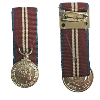 MINIATURE Queens Diamond Jubilee Medal / LOOSE OR COURT MOUNTED - FAST DISPATCH