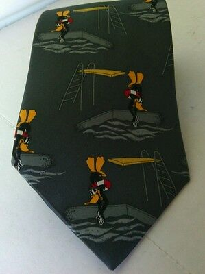 Looney Tunes Daffy Duck Warner Bros Mens Gray Silk Neck Tie Cartoon Present