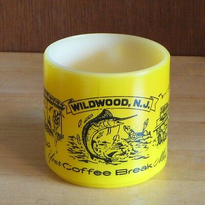 Federal Milk Glass Wildwood N.J. VTG Mug Beach Train Monorail Coffee Cup Yellow
